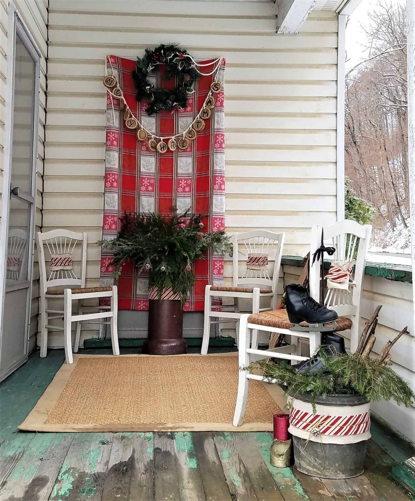 Christmas porch decor- overview