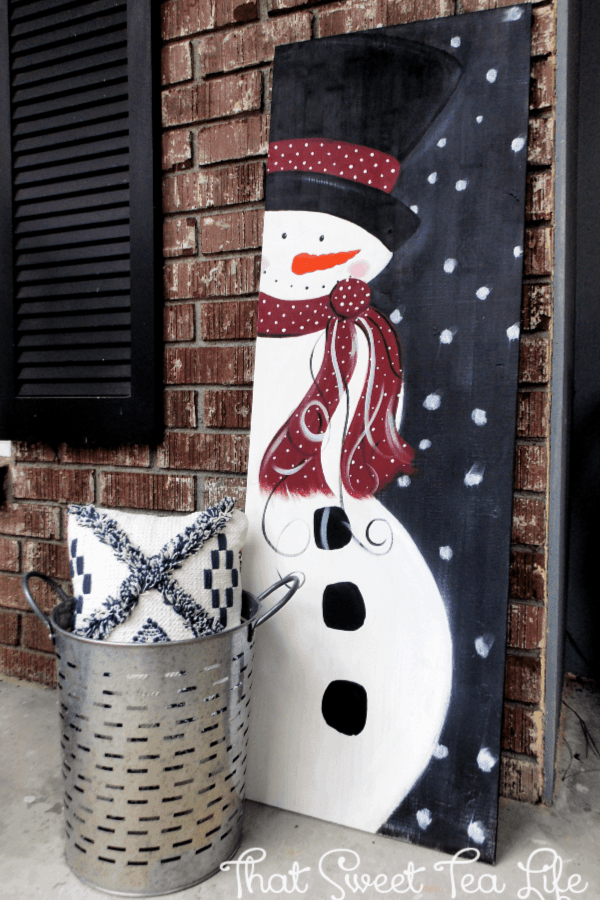 outdoor Christmas Decorations-wood snowman thatsweettealife